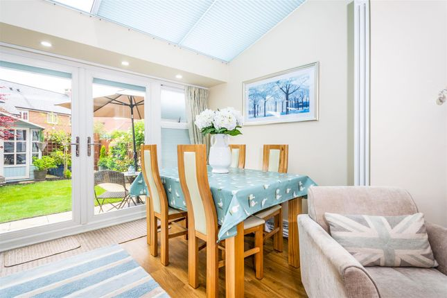 Dining Room of Beeches Way, Faygate, Horsham RH12