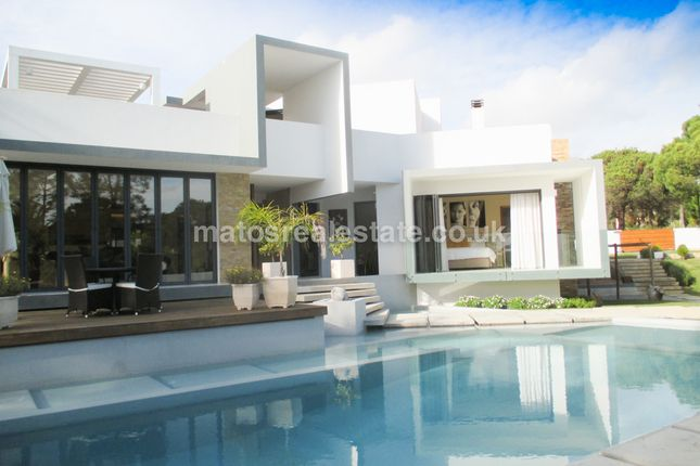 3 bed villa for sale in V-0049 - 3 Bedroom Contemporary Villa In Vilamoura Golf Resort, 3 Bedroom Contemporary Villa In Vilamoura Golf Resort, Portugal