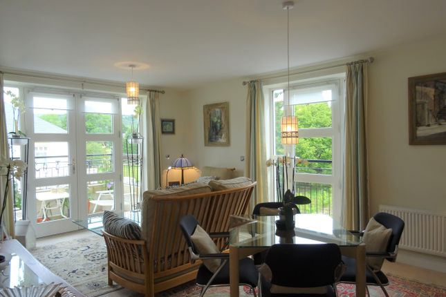 Living Room of 12 Hopkins Court, Matlock DE4