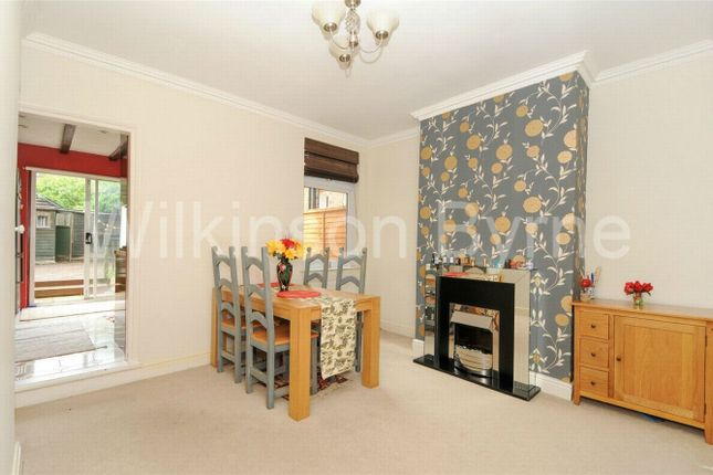 Thumbnail Terraced house for sale in Highworth Road, London