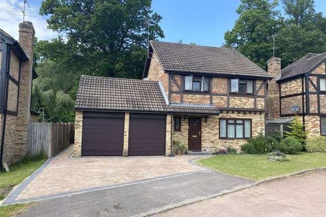 4 bed detached house for sale in Beaulieu Close, Bracknell, Berkshire RG12