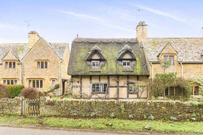 Thumbnail Detached house for sale in Snowshill Road, Broadway, Worcestershire, Broadway