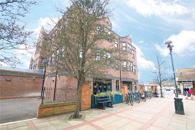 Thumbnail Studio to rent in Baileys House, Central Walk, Wokingham, Berkshire