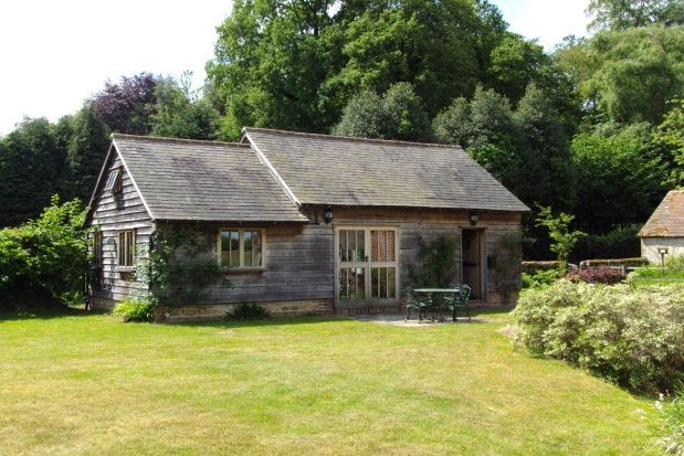 Thumbnail Barn conversion to rent in Wishanger Lane, Churt, Farnham