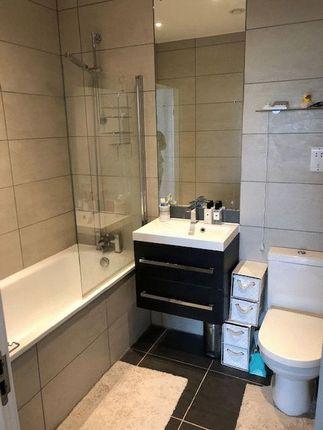 Bathroom of Elstree Way, Borehamwood WD6