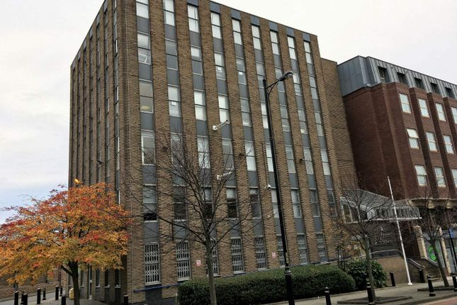 Office to let in Queens Square, Middlesbrough