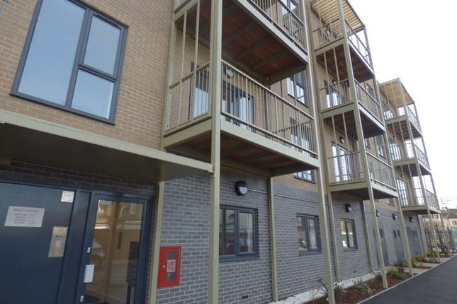 2 bedroom flat for sale in Blake Avenue, Barking