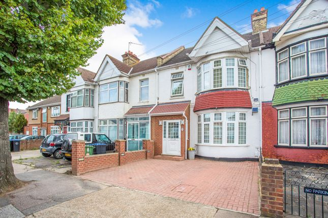 Thumbnail Terraced house for sale in Scarle Road, Wembley