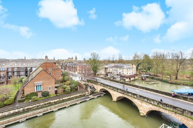Thumbnail Flat for sale in Folly Bridge, Central Oxford