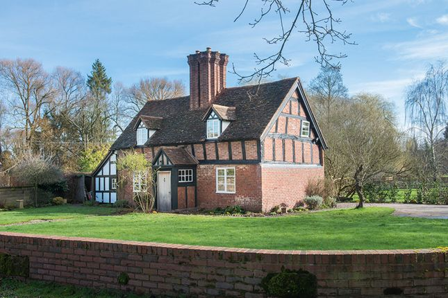 Thumbnail Cottage for sale in The Village, Hartlebury, Kidderminster