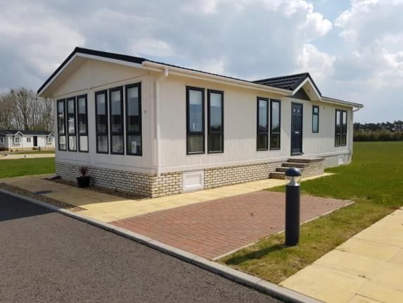 Thumbnail Mobile/park home for sale in Clifton Park, New Road, Clifton, Shefford