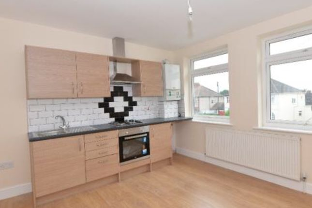 Thumbnail Flat to rent in Collier Row Lane, Romford