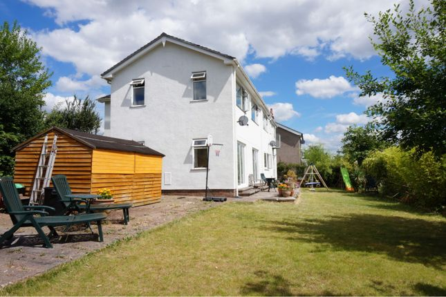 Thumbnail Detached house for sale in Sunnybank, Brecon
