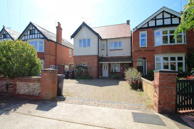 Thumbnail Flat to rent in St. Michaels Road, Worthing