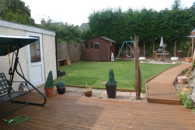 Thumbnail Property to rent in Heddington Close, Leicester