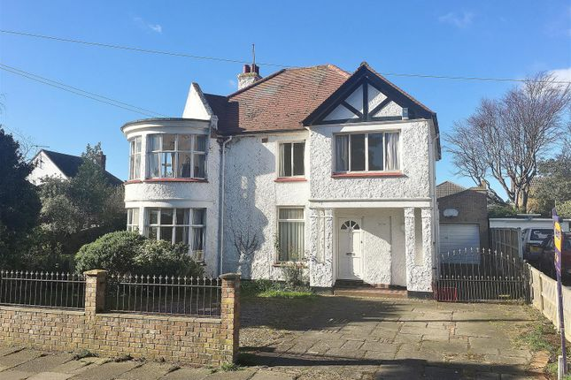 Thumbnail Detached house for sale in Connaught Gardens West, The Gardens, East Clacton