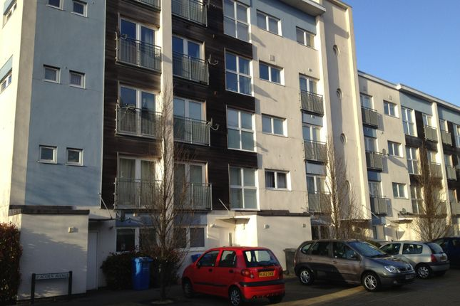 Thumbnail Flat for sale in Acorn Avenue, Poole