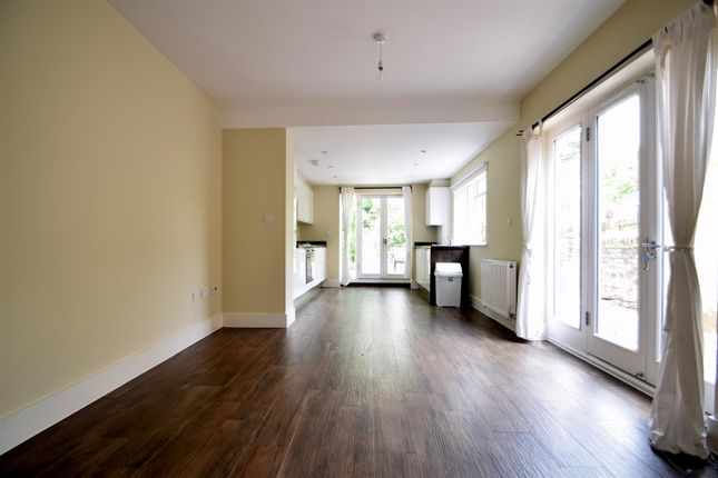 Thumbnail Flat to rent in Brooke Road, London