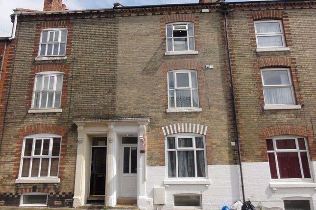 Studio to rent in Victoria Road, Abington, Northampton NN1