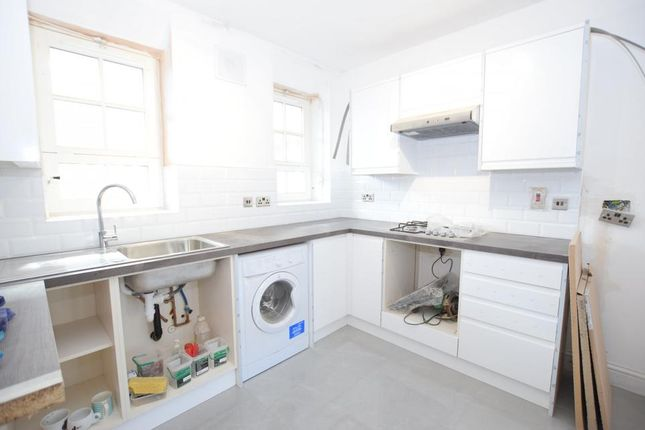 Thumbnail Flat to rent in Tyers Street, London