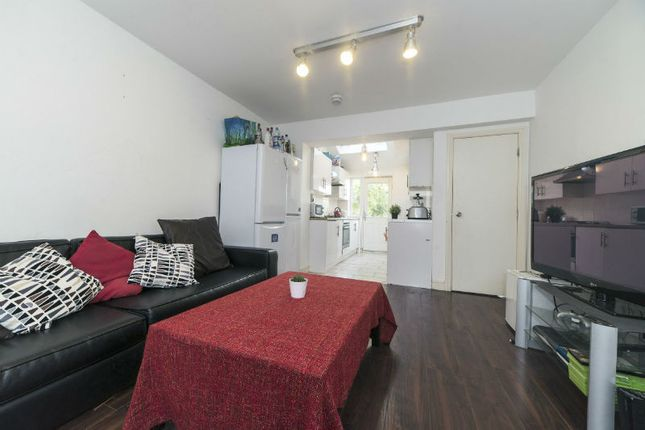 Thumbnail Semi-detached house to rent in Finchley Road, Fallowfield, Bills Included, Manchester
