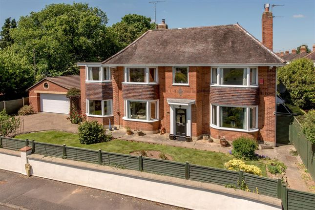 Thumbnail Detached house for sale in Turner Road, Taunton