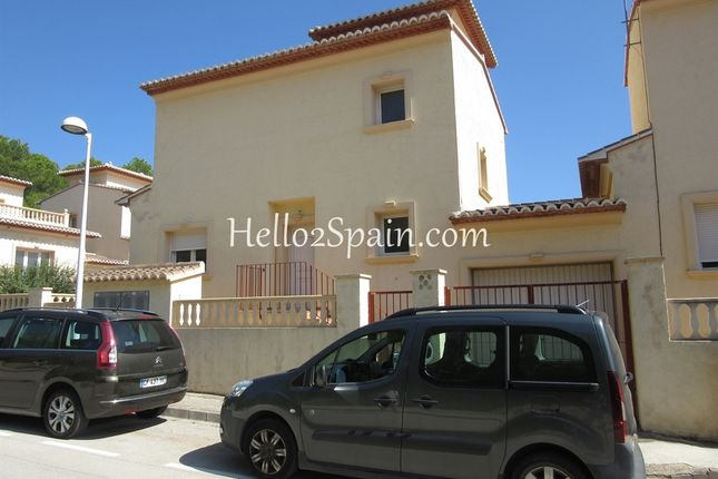5 bed town house for sale in Calpe, Alicante, Spain