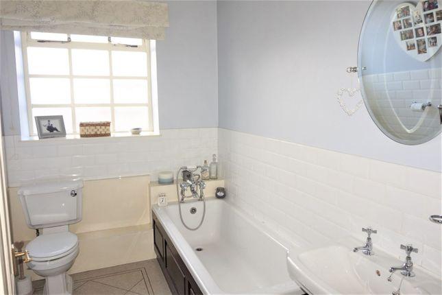 Bathroom of Doncaster Road, Oldcoates S81