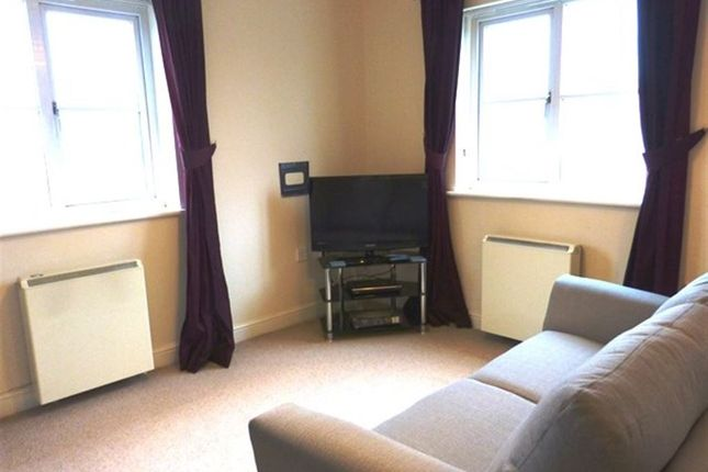 Thumbnail Flat to rent in 14 Redshaw Avenue, Roose, Barrow-In-Furness