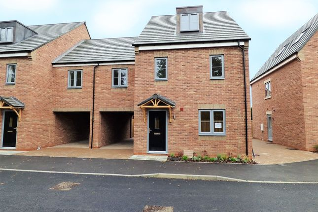 Thumbnail Link-detached house for sale in Scotgrange Meadow, Shefford, Beds