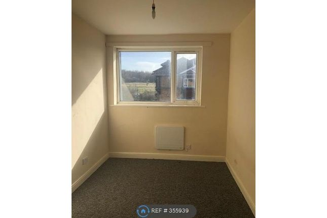 Thumbnail Flat to rent in Elm House, Leeds