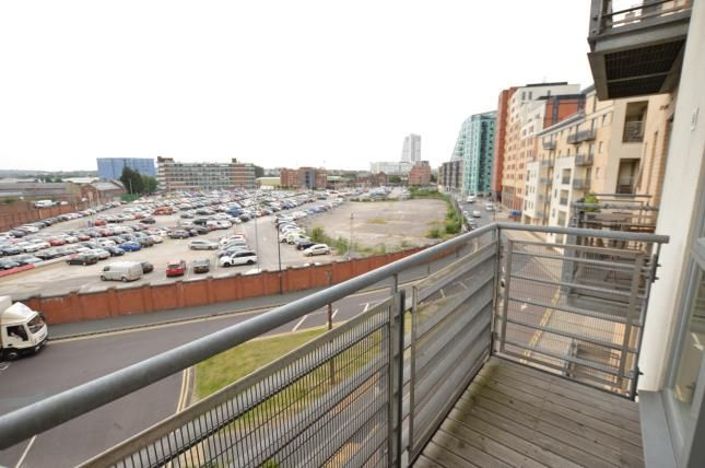 Thumbnail Flat for sale in Balmoral Place, 2 Bowman Lane, Leeds, West Yorkshire