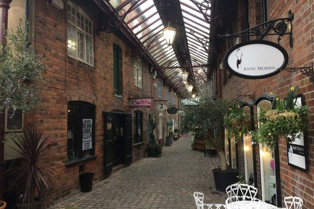 Commercial property to let in Getliffes Yard, Leek, Staffordshire