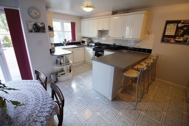 Thumbnail Town house to rent in Mulready Walk, Hemel Hempstead