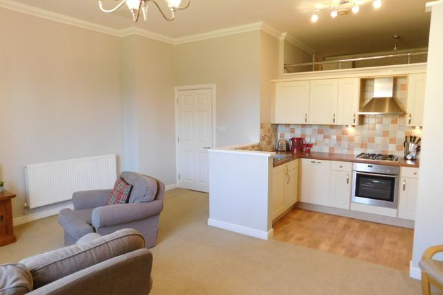 Thumbnail Flat for sale in South Wing, Kingsley Avenue, Fairfield, Hitchin