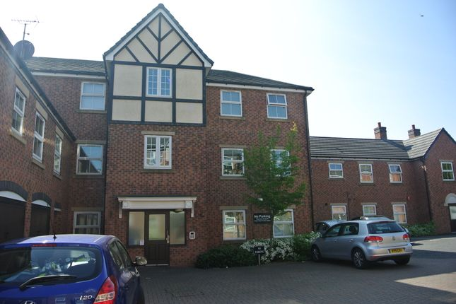 Thumbnail Flat for sale in Creed Way, West Bromwich