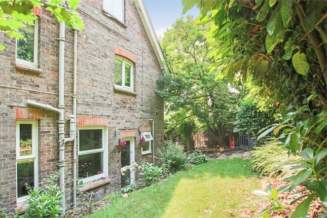 Thumbnail Flat for sale in 1 Woodlands, College Lane, East Grinstead, West Sussex