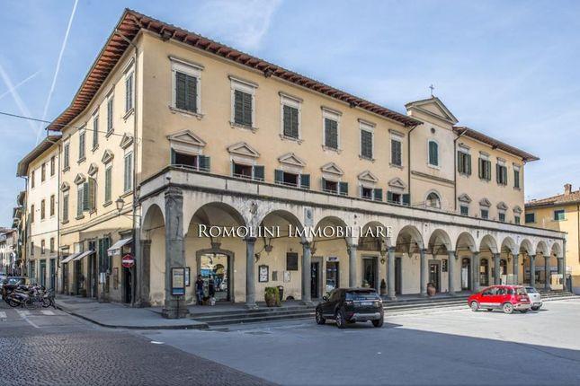 20 bed villa for sale in Figline E Incisa Valdarno, Tuscany, Italy