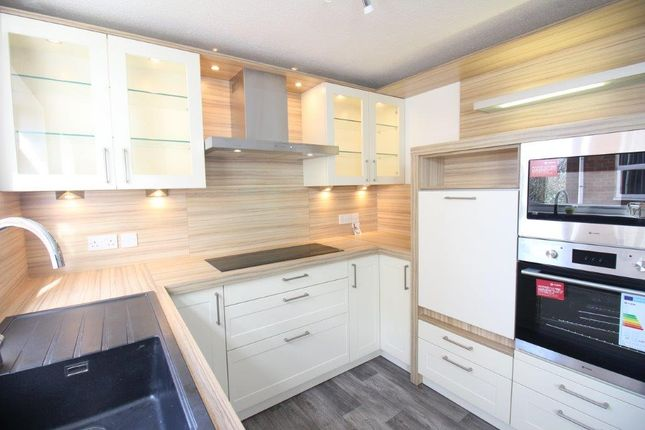 Thumbnail Flat to rent in Lincoln Court, Hornby Road, Blackpool