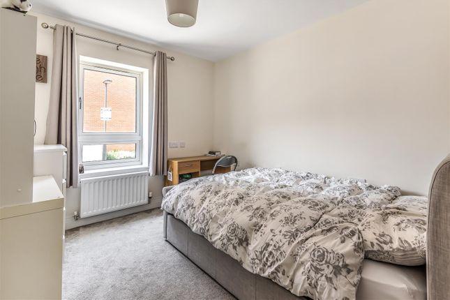 Lucas Court - Bedroom