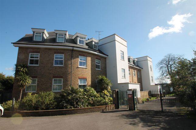 3 bed flat for sale in Warne Court, Village Road, Enfield EN1