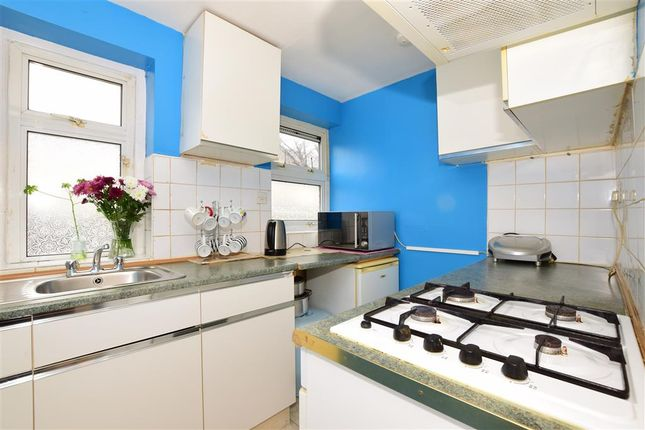 Thumbnail Flat for sale in Grove Green Road, London