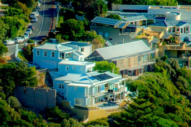 Thumbnail Villa for sale in Steensway, Camps Bay, Cape Town, Western Cape, South Africa