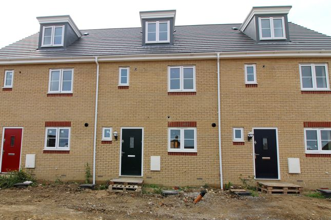 Thumbnail Town house for sale in Brybank Road, Haverhill