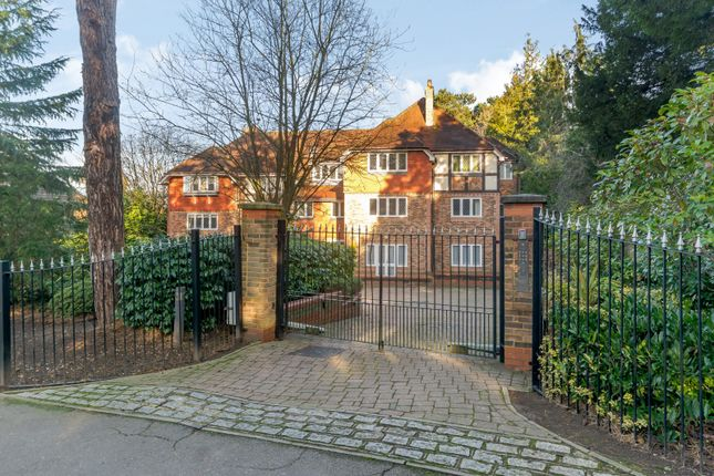 Flat for sale in The Manor House, 23A Eastbury Avenue, Northwood