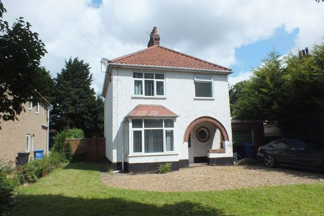 Thumbnail Detached house for sale in Earlham Road, Norwich