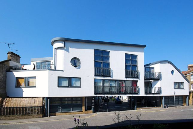 Thumbnail Property to rent in Warfield Road, Kensal Rise