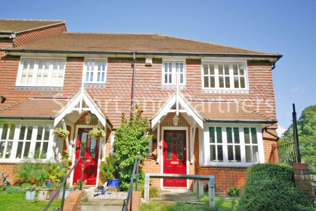 Thumbnail End terrace house to rent in The Paddocks, Haywards Heath