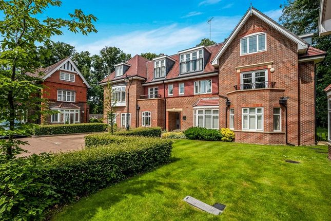 Thumbnail Flat for sale in Harmonia Court, Nascot Wood Road, Watford, Hertfordshire