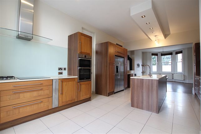 Thumbnail Detached house to rent in The Ridgeway, Enfield